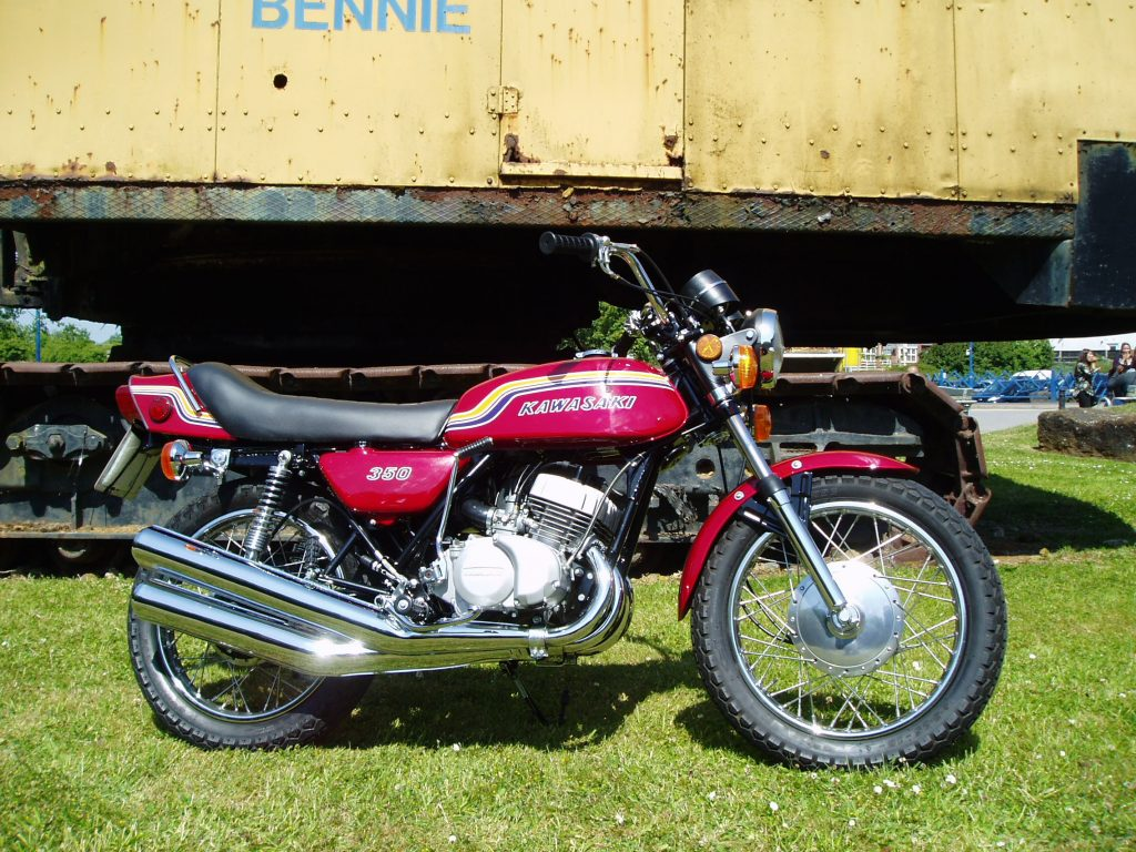 1970 Kawasaki S2 restored by New Era Restorations, Coalville