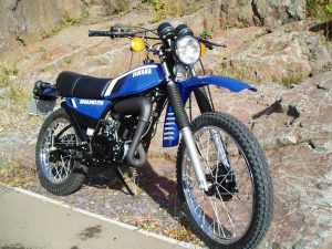 Yamaha DT175mx restored by New Era